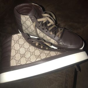 Gucci shoes size 7 1/2 overseas